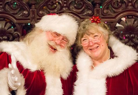 Mrs Claus and Santa